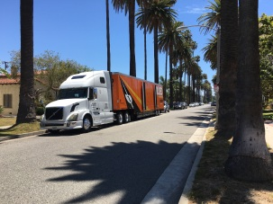 Moving Van at Palm Hse