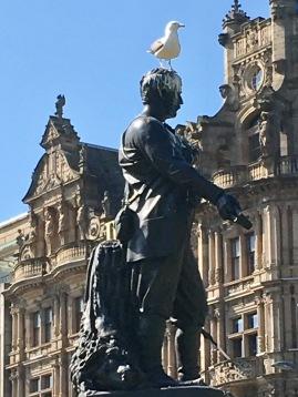 Statue & Seagull